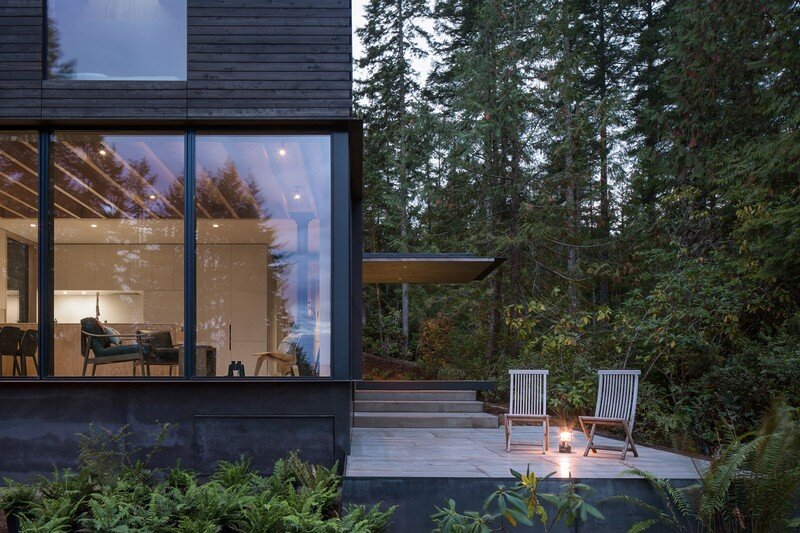 Little House Wrapped in Blackened Timber –  MW Works