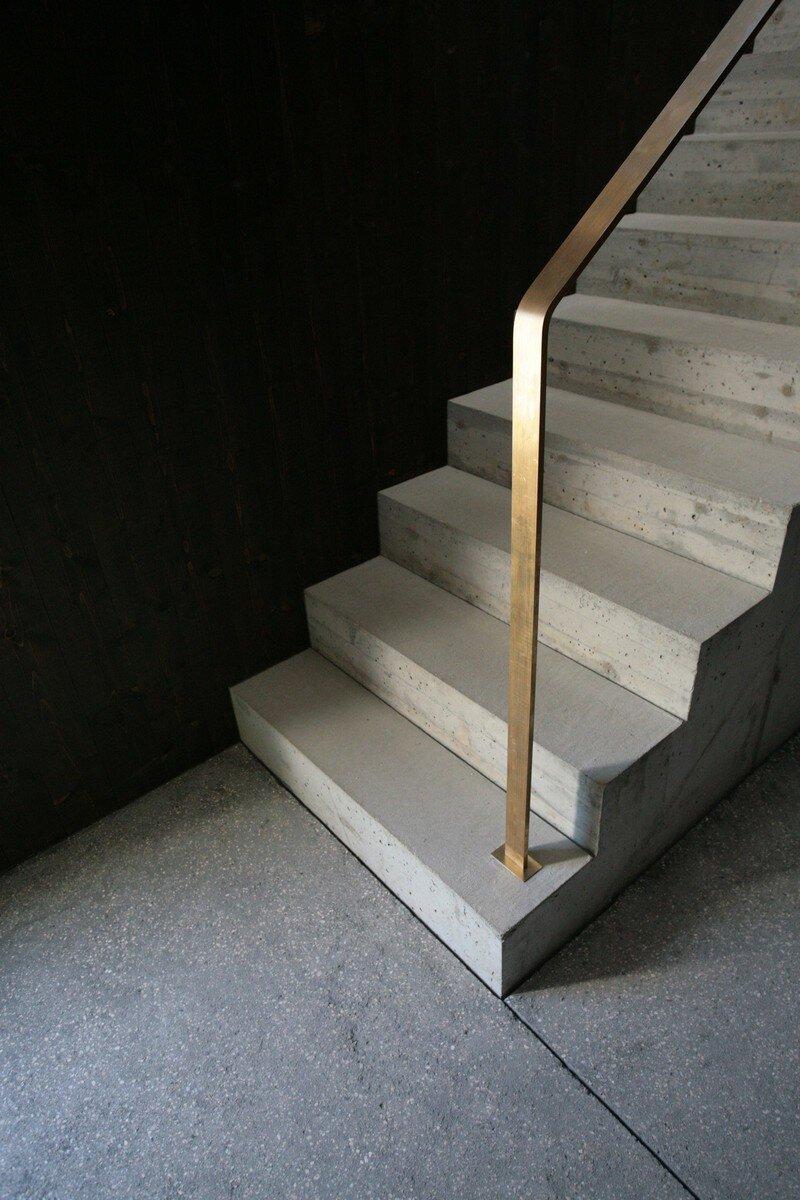 concrete staircase, MLZD