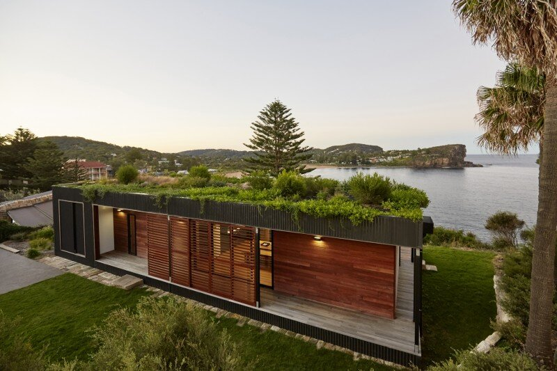 Prefab Beach House with Green Roof / ArchiBlox