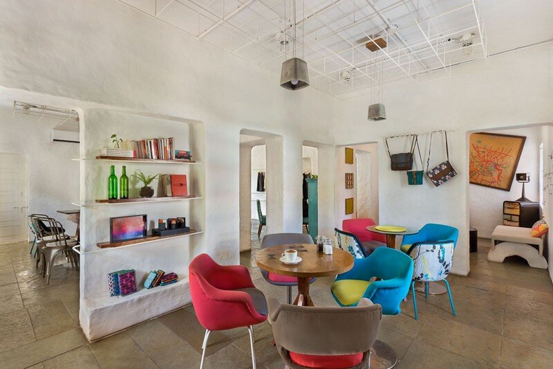 Project Cafe – Dynamic Space for Food, Art and Retail