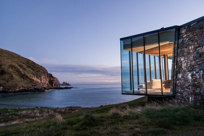 Seascape House – A Romantic Beachside Cottage