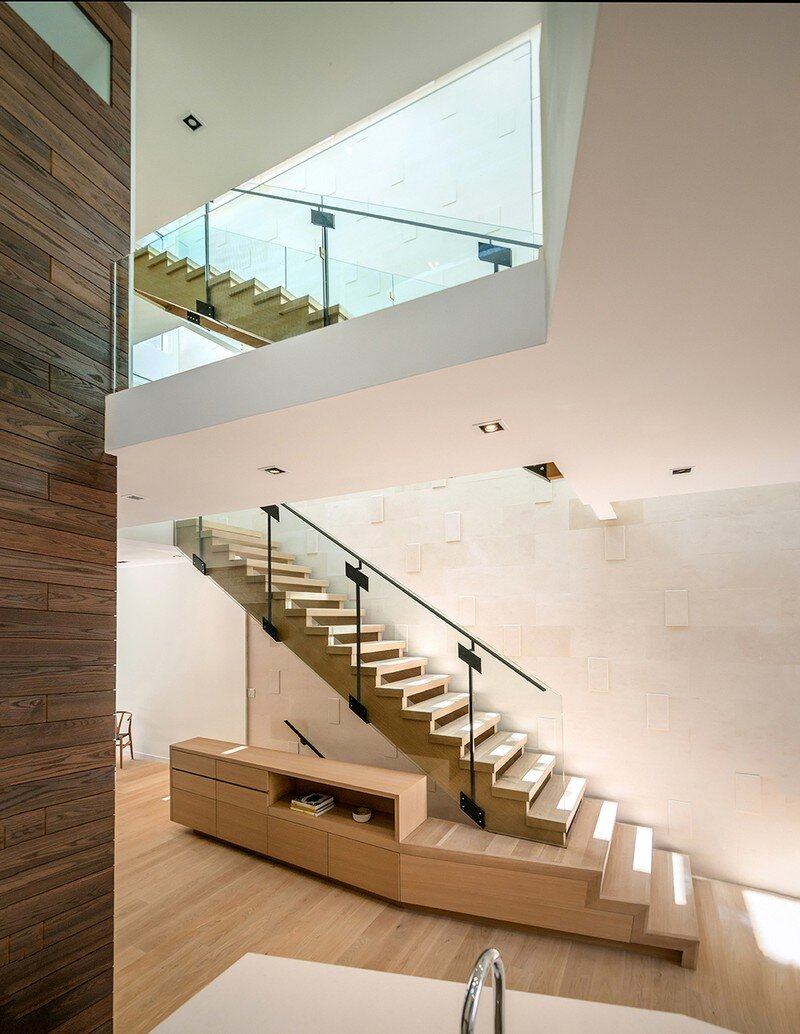 Two Slim Semi-Detached Dwellings Architects Luc Bouliane (3)