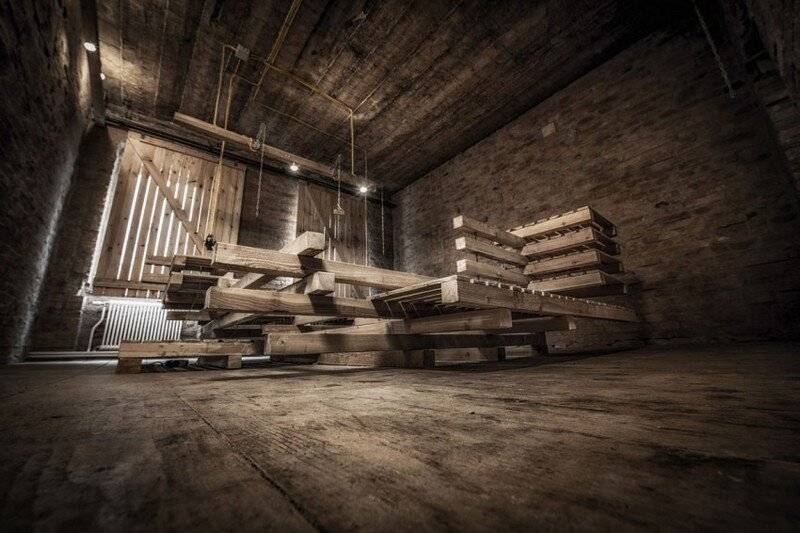 Viennese Guest Room - Raw Feel and Old Industrial Charm (11)