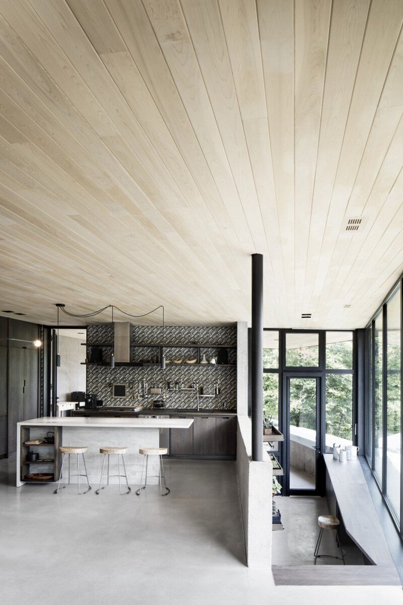 kitchen - Low Impact House Design by Alain Carle Architect (10)