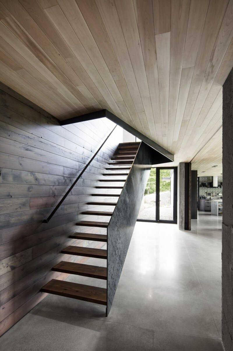staircase - Low Impact House Design by Alain Carle Architect (9)