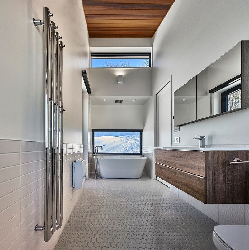 master bathroom, Weekend Retreat Located on the Steep Slope of a Former Ski Hill (13)