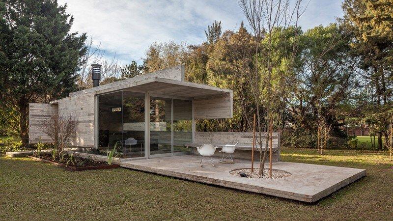 Torcuato House Pavilion by Besonias Almeida Arquitectos
