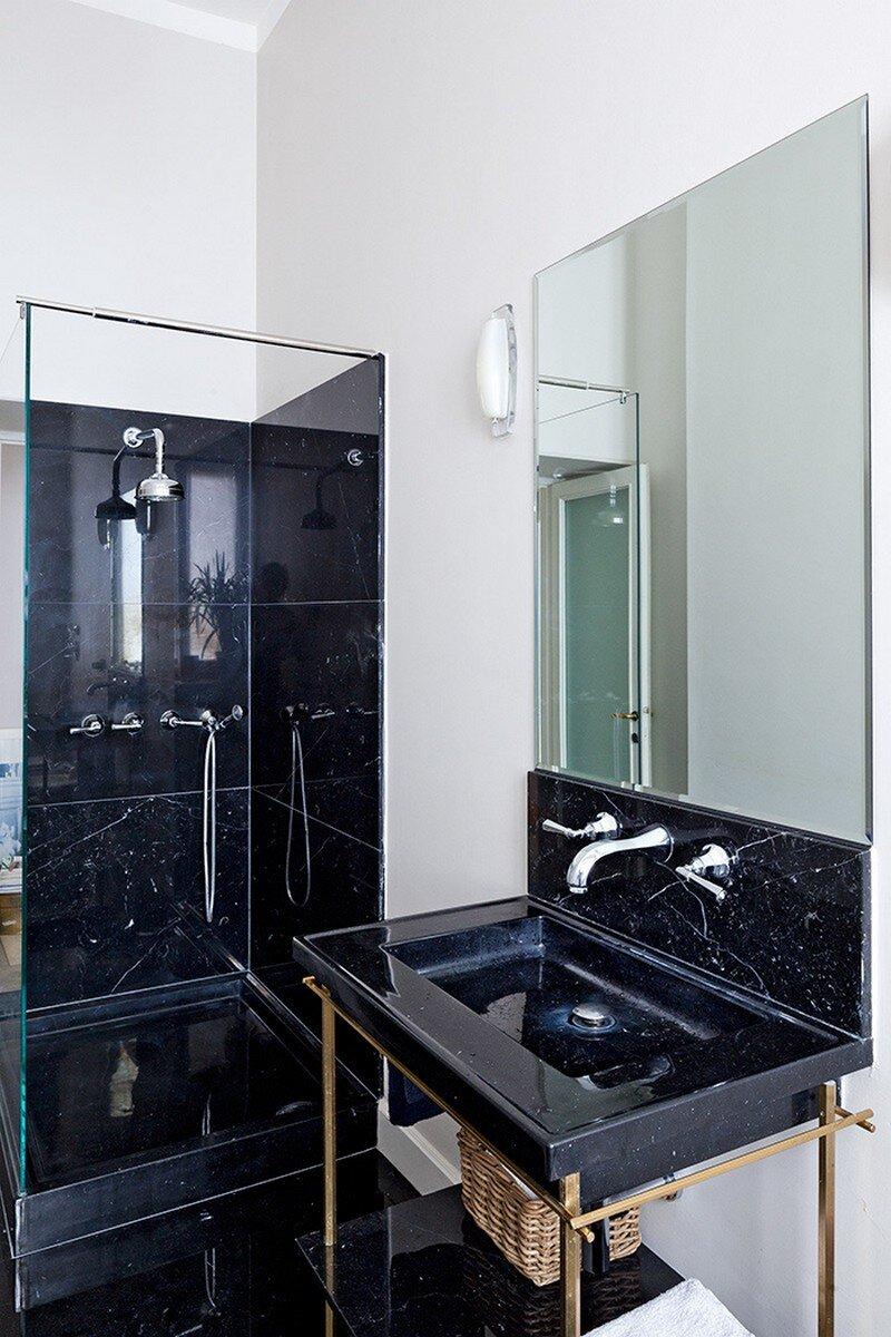 bathroom, Pietro Russo