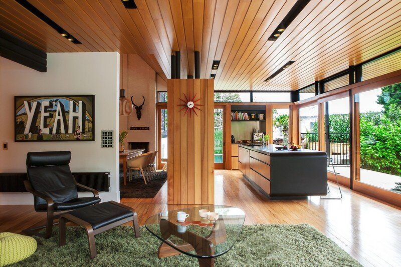 Marine Parade House – Cedar-Clad Home by Dorrington Atcheson Architects