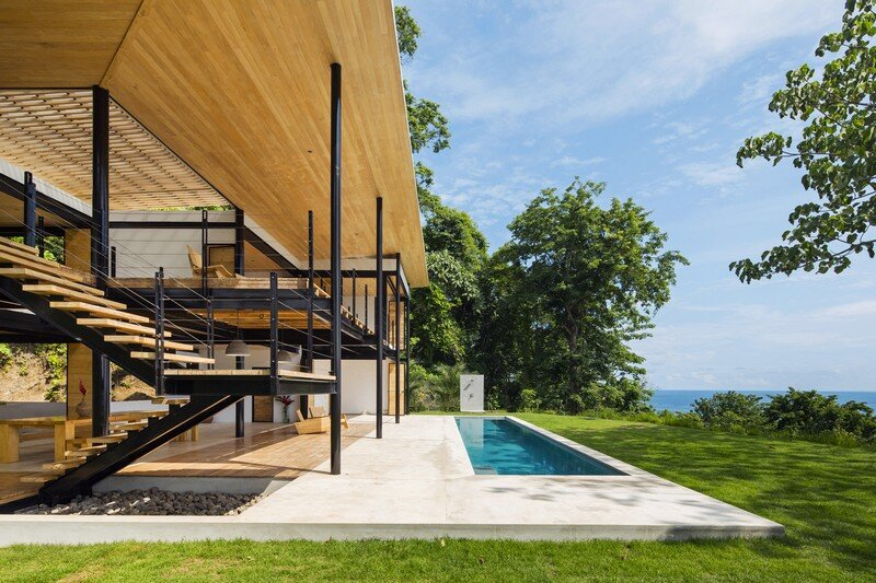Sustainable Terrace House Almost Completely Open To The Outside (15)