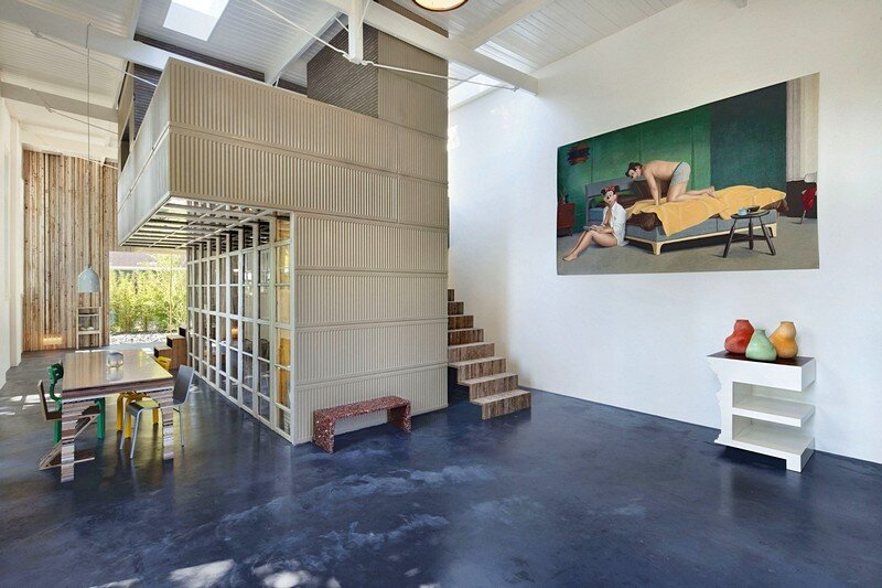 Old Coach House Transformed into a Spectacular Home / House of Rolf