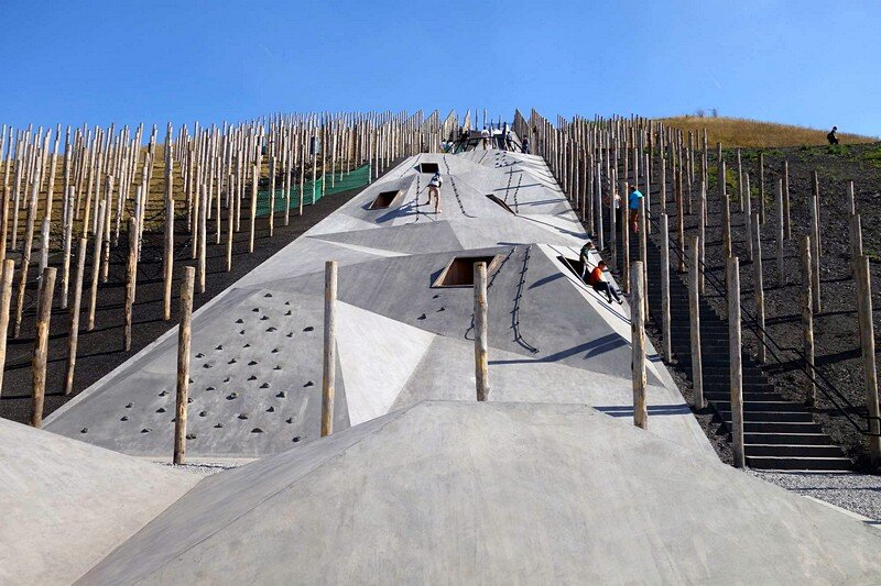Play-Scape in Beringen, Belgium / Recreative Project be-MINE