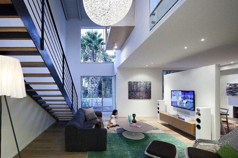 TLV Duplex by Blatman Cohen Architecture / Israel