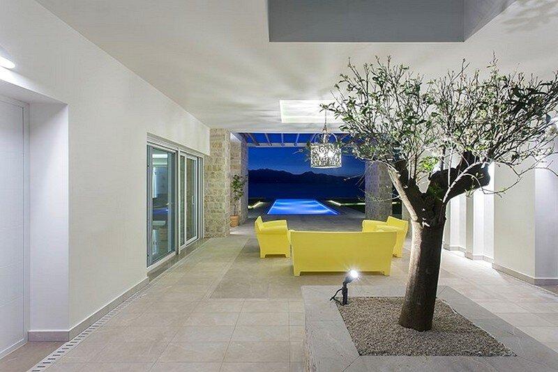 Kalamaki Villa by MGXM Architects 3