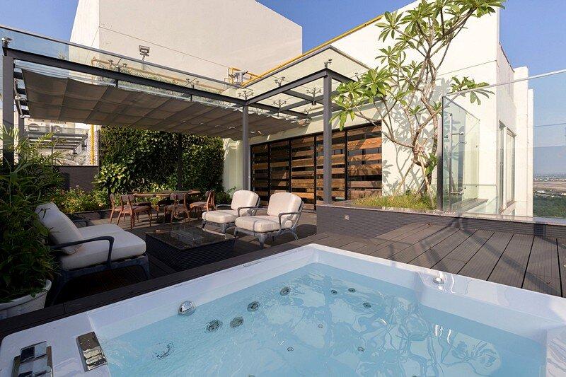 Ecopark Penthouse 19