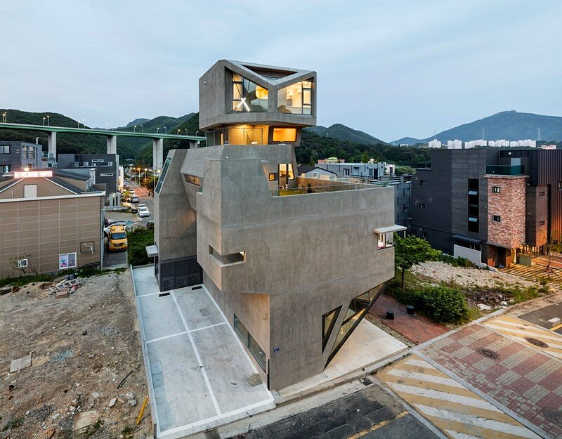 Busan Times House by Moon Hoon / Korea