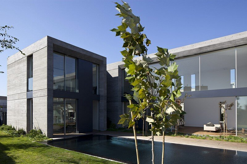 Concrete Modern House 12