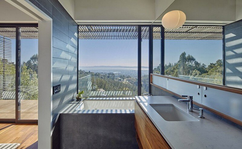 bathroom, Terry & Terry Architecture