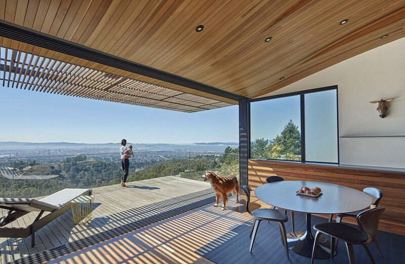 Skyline House in Oakland / Terry & Terry Architecture