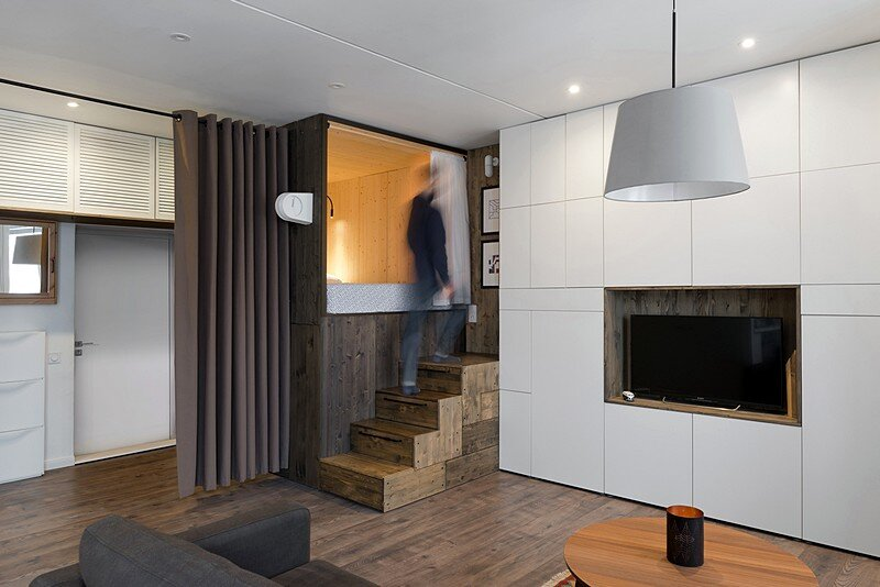 Small Flat for a Young Couple / Studio Bazi