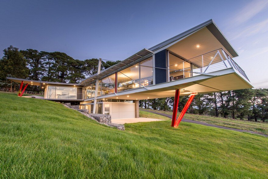 Batman Bridge House by Clever Design 2