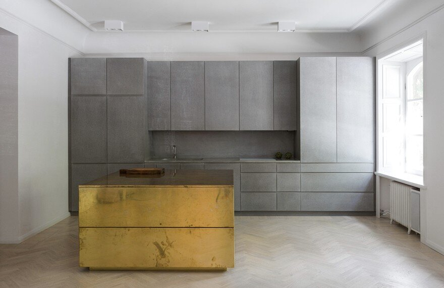Gold and Gray Apartment in Stockholm / Richard Lindvall