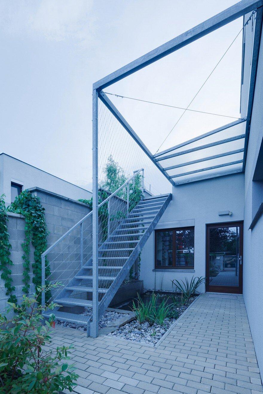 Terraced House Slivenec - Barbora Léblová