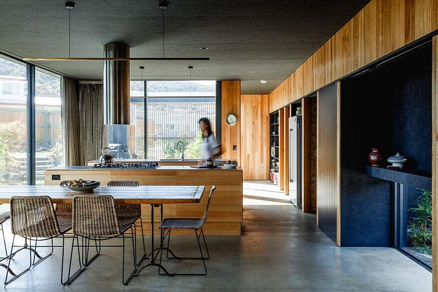 Five Yards House by Archier 9