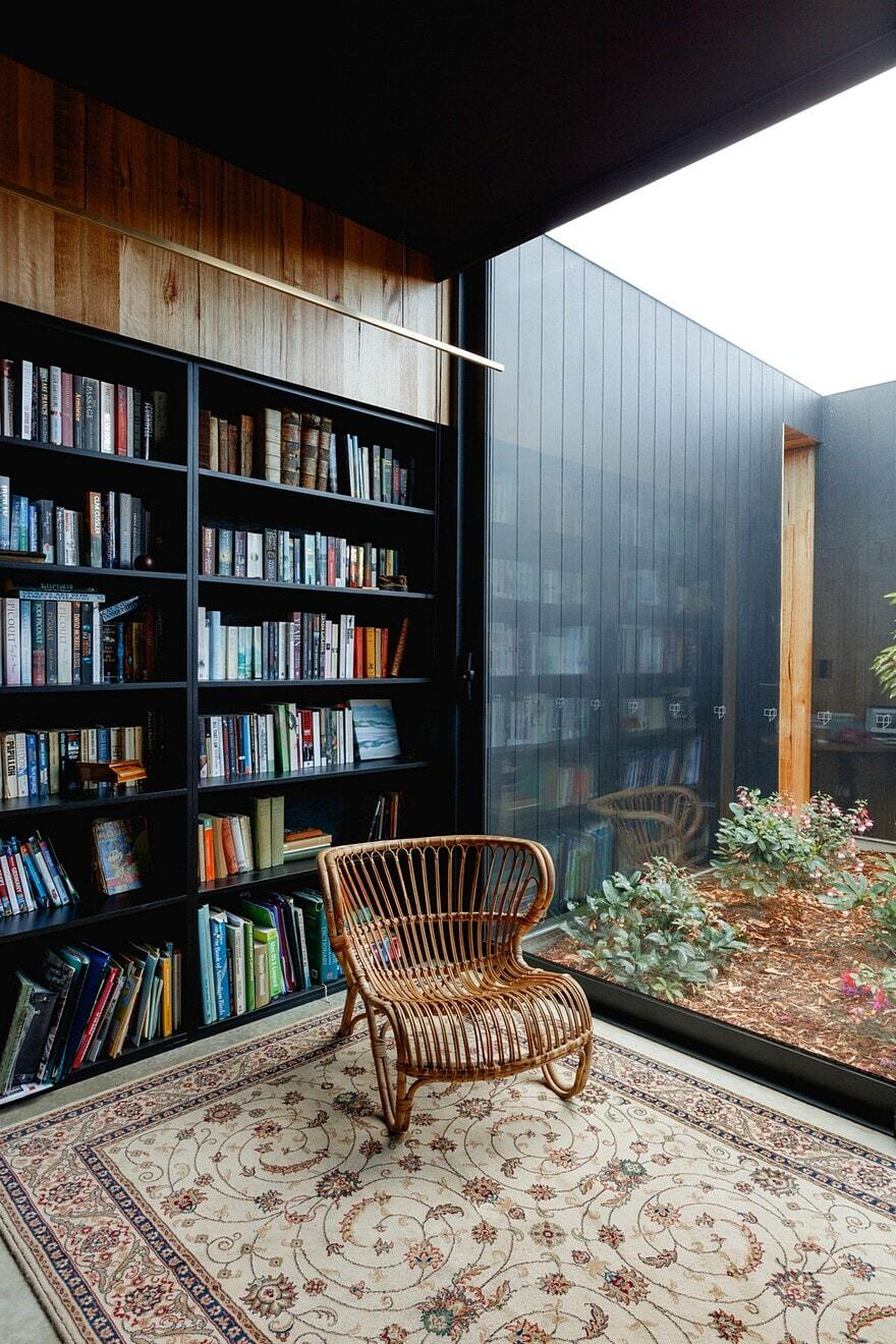 Five Yards House by Archier 15