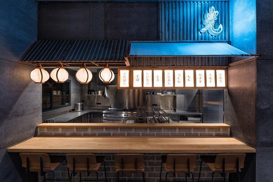 Hikari Yakitori Bar in Valencia / Masquespacio