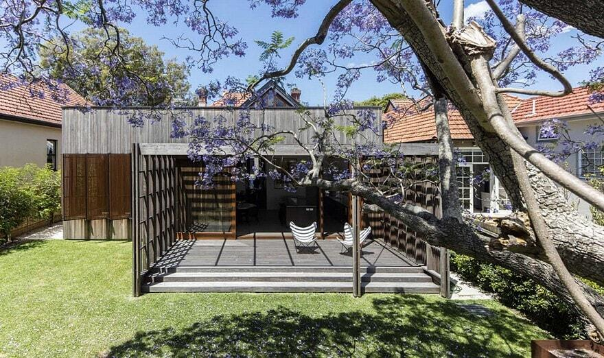 Sung Dobson House by Sam Crawford Architects