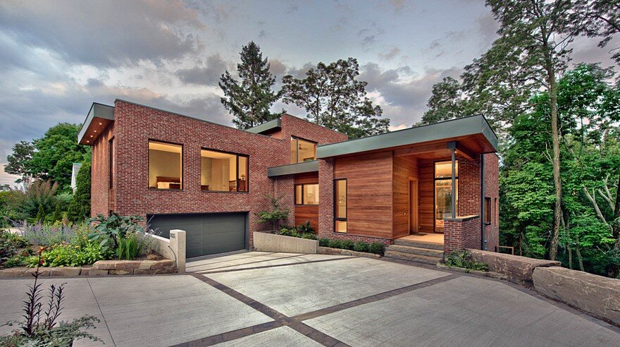 Augusta House / Sixteen Degree Studio