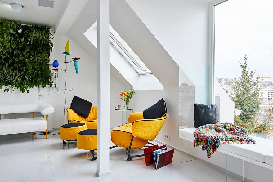 Colorful Apartment in the Heart of Budapest by Margeza Studio