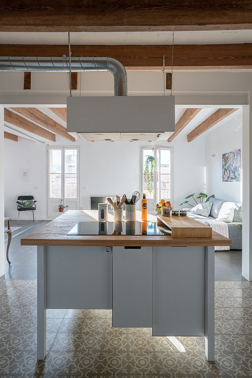 75 sqm Apartment Rehabilitation in a Old Building in Barcelona 6