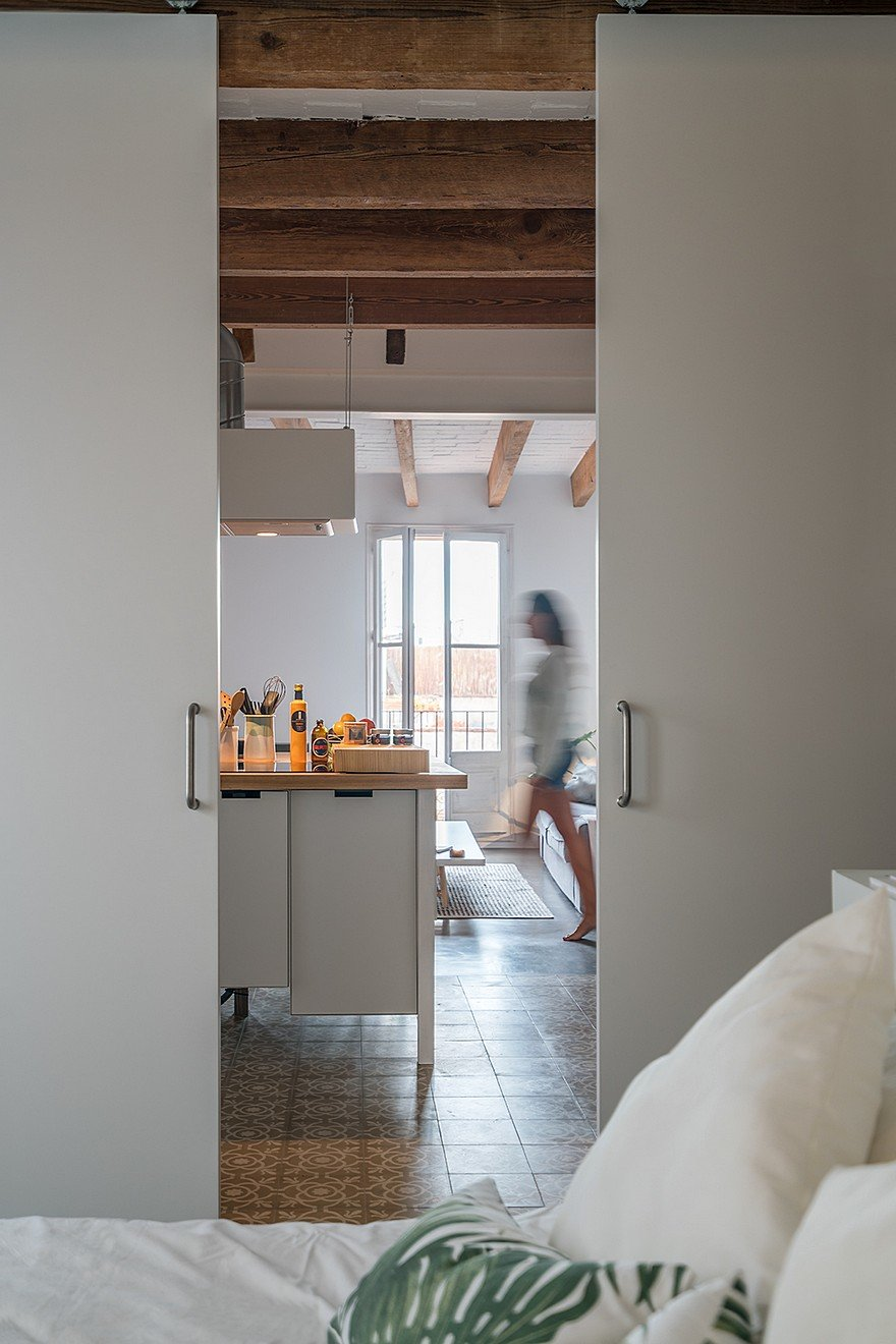 75 sqm Apartment Rehabilitation in a Old Building in Barcelona 12