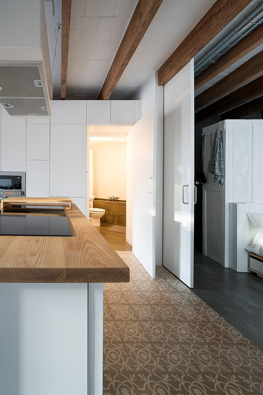 75 sqm Apartment Rehabilitation in a Old Building in Barcelona 9