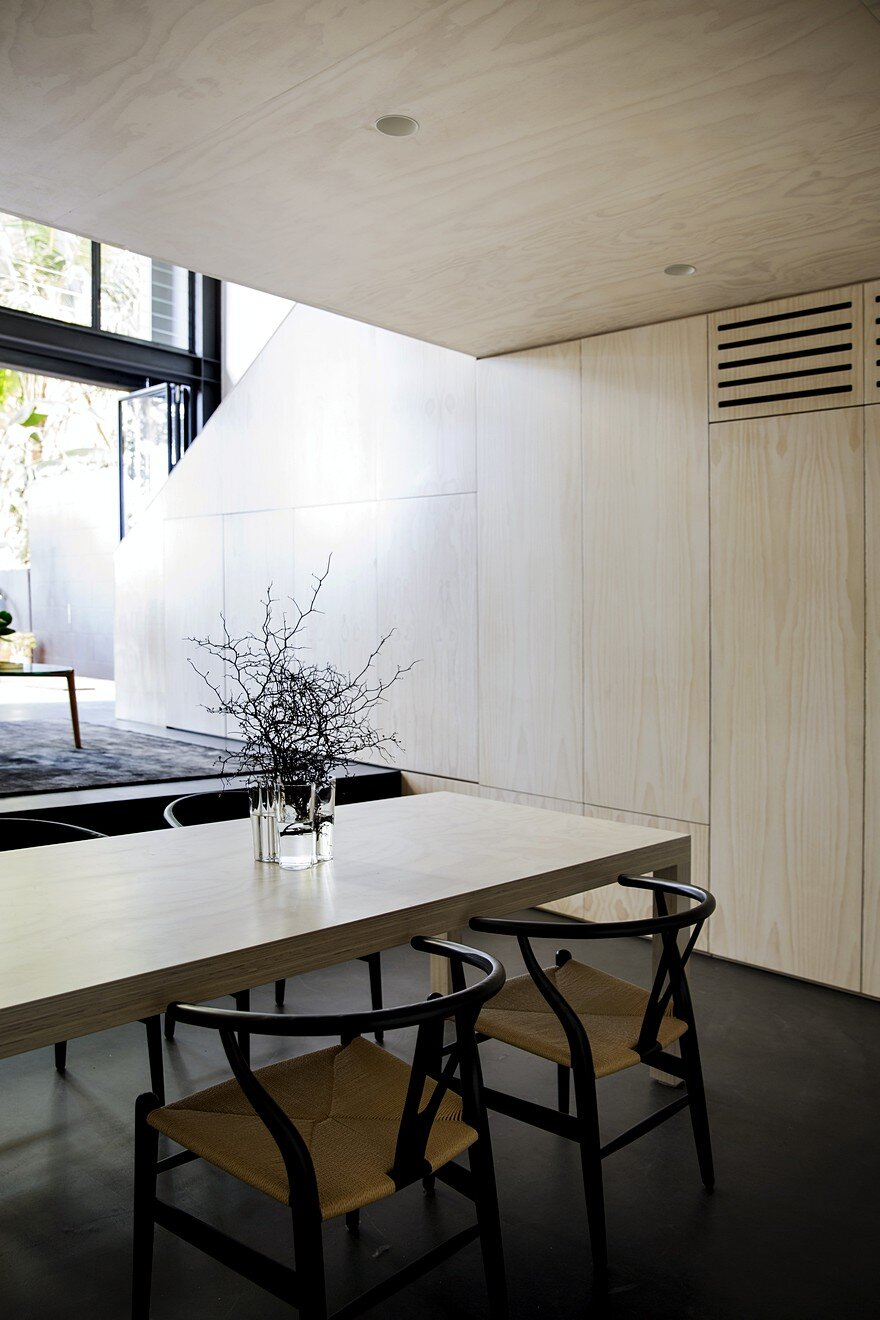 Elysium House Combines Original Heritage with Contemporary Detailing 6