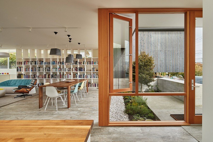 Seattle Artist House Features a Simple, Elegant and Low-Ego Design 1