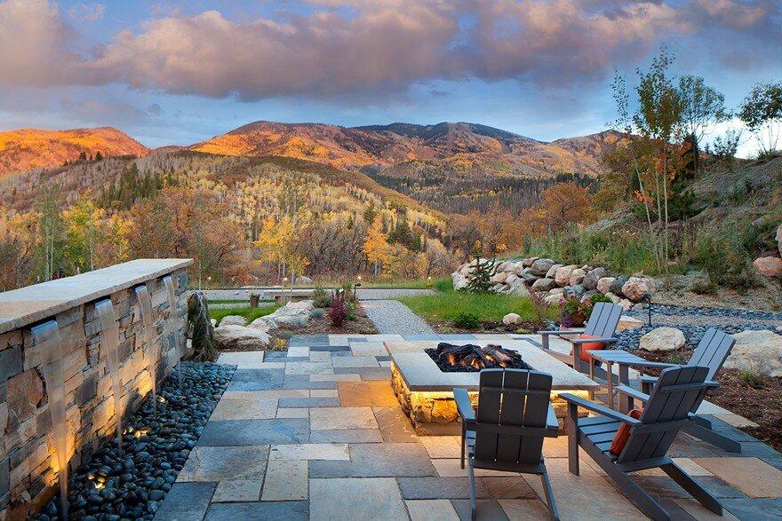 Boulder Ridge Mountain Retreat Featuring Contemporary Elegance on Mountain Backyard Ideas id=56794