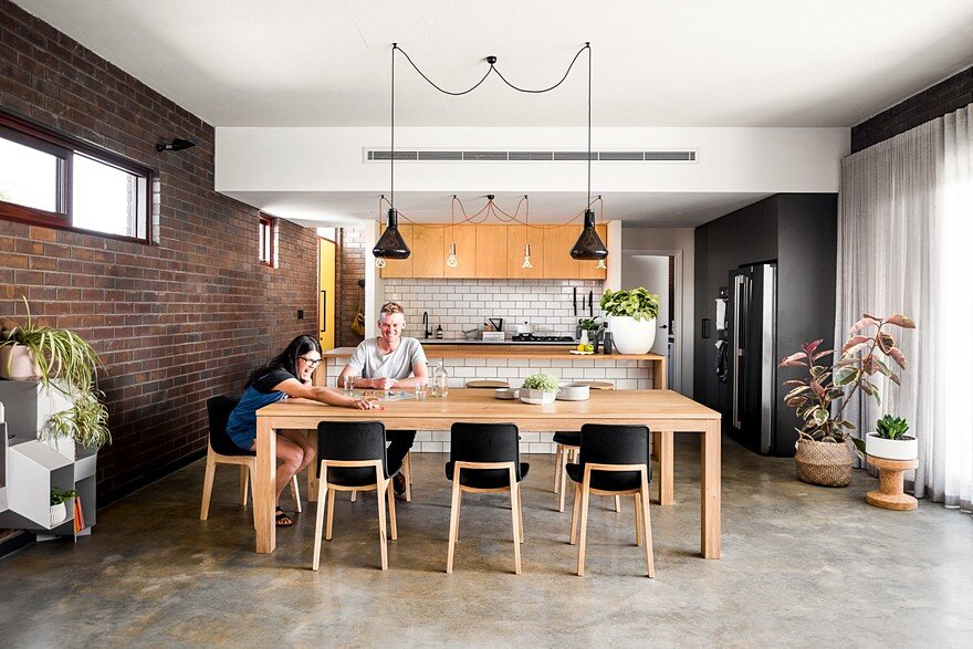 Dolce House is a Contemporary Urban Home with Warehouse Style 7