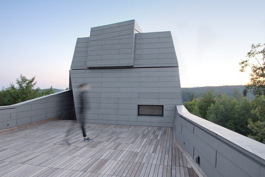 Gemma Observatory Located on a Remote Mountain Summit in New Hampshire 5