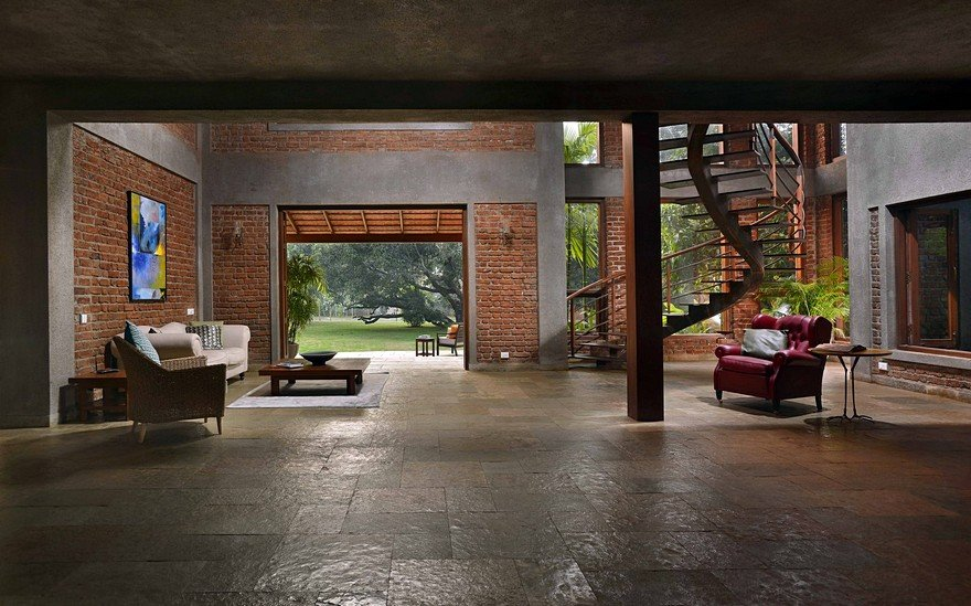 Indian Brick House with an Architectural Design Influenced by a Mango Trees Plantation 3