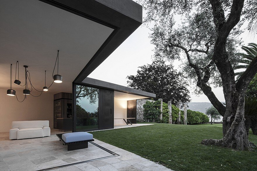 This Italian Villa Has Vertically Sliding Walls That Provide Wide Open Spaces