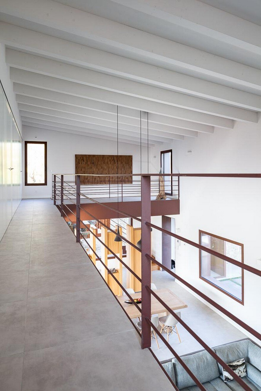 New Catalan House Inspired by the Old Farm Buildings 13