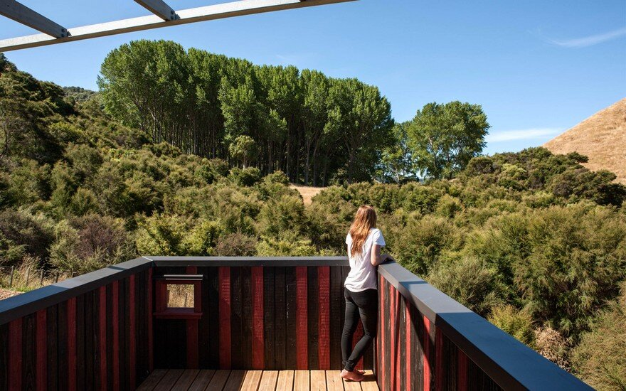 Ecosanctuary Welcome Shelter: Floating Roof Over the Wooden Boxes 13