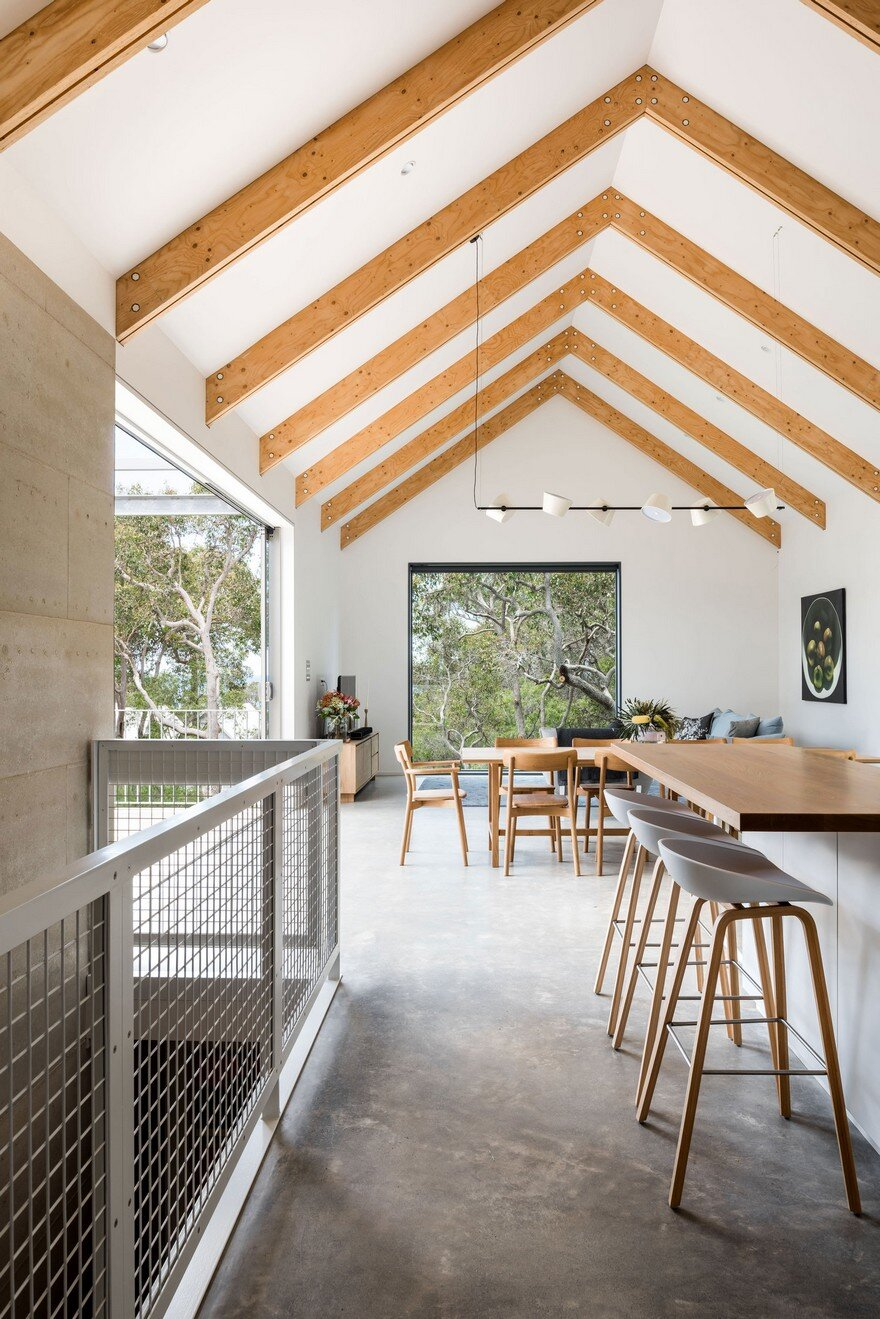 Family Beach House in Eagle Bay, Western Australia 4
