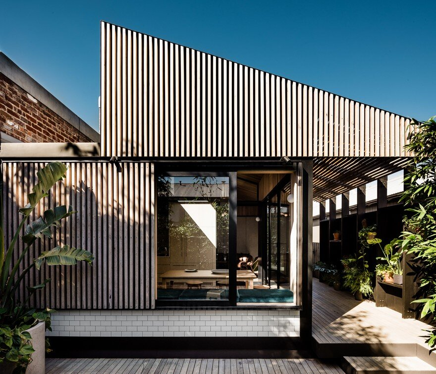 Light Corridor House is an Extension to a Typical Victorian Workers' Cottage