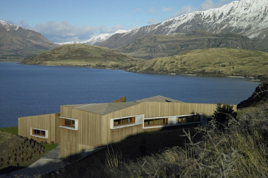 Te Kaitaka House Has a Sculptural Shape Inspired by the Alpine Landscape 2