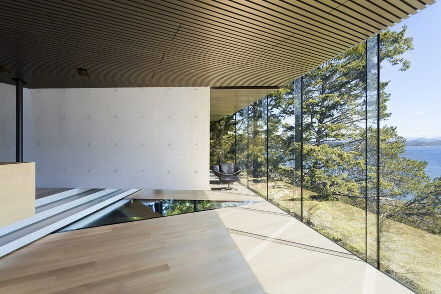 Tula House is Perched 44 Feet Above the Pacific Ocean on a Remote Island 9