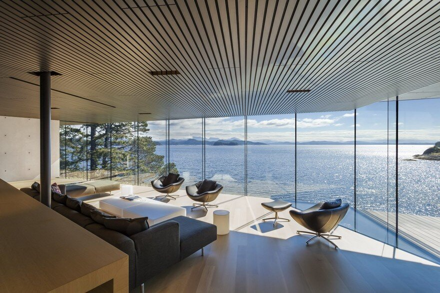 Tula House is Perched 44 Feet Above the Pacific Ocean on a Remote Island 11